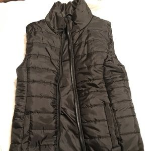 The 21 puffer vest